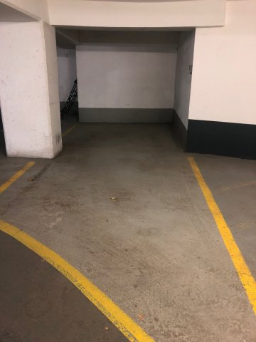Vente Parking  1 pièce (studio) - 12m² 75007 Paris